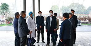 江阴市人大常委会副主任一行莅临惠友骨科医院调研指导疫情防控工作